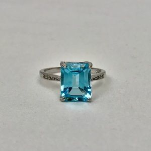 Jewelry - Sterling Silver 4 Ct Aquamarine Emerald Cut Ring